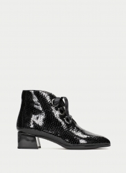 Black ankle boots Hispanitas