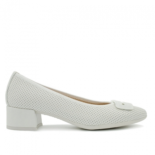 White leather ballerinas