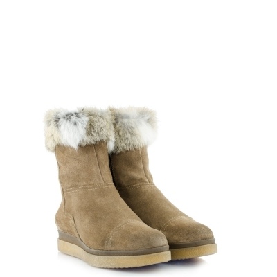 Beige boots with lapin