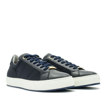 Leather sport shoes